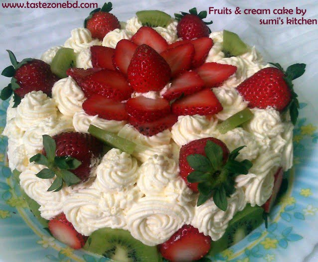 Fruits & cream cake